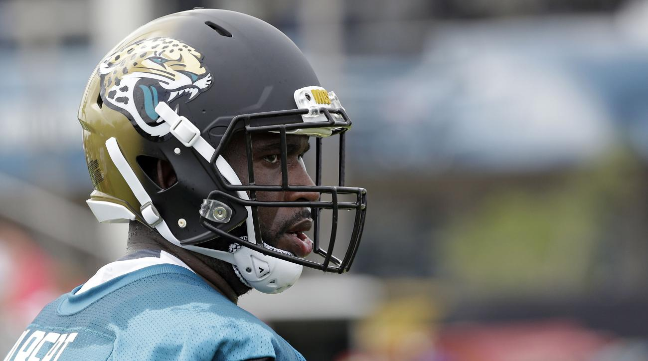 Jaguars say left tackle Branden Albert will not return to team