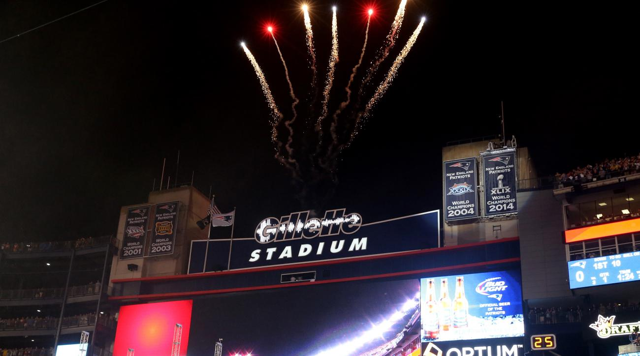 patriots super bowl banners get new location at gillette  si