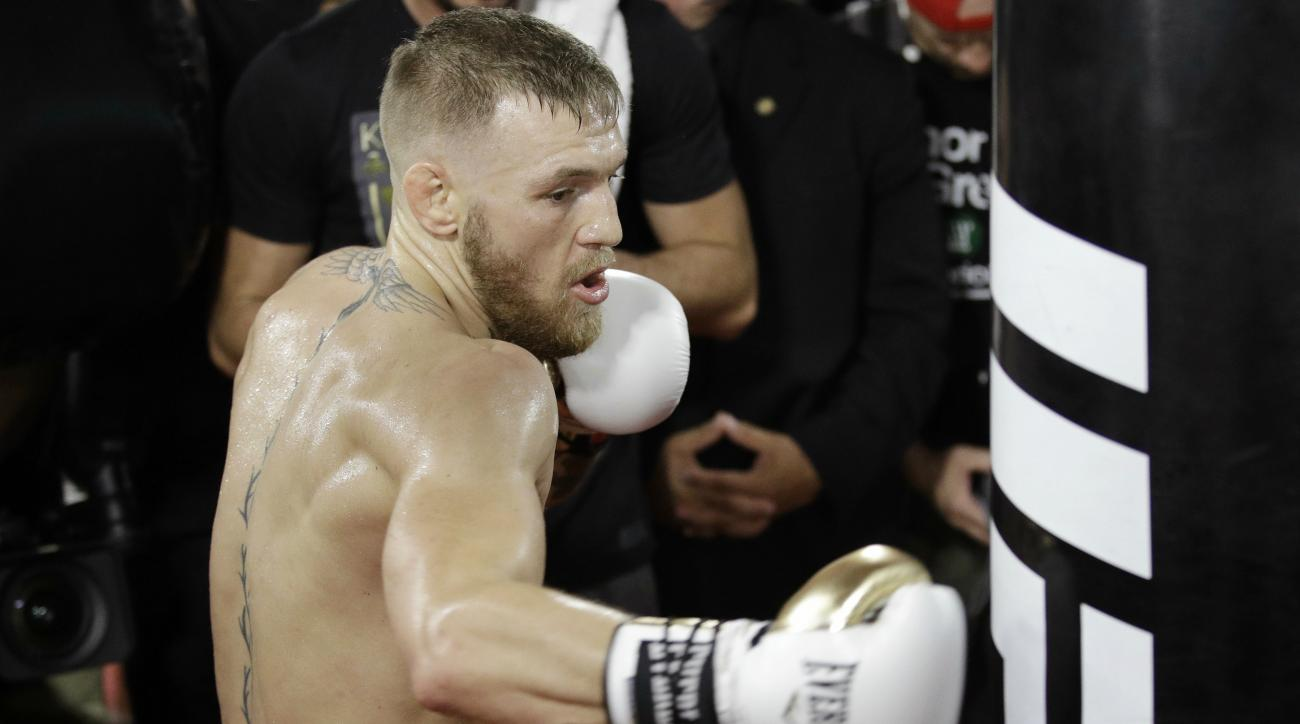 UFC president Dana White released a video showing Conor McGregor knocking down sparring partner Paulie Malignaggi.