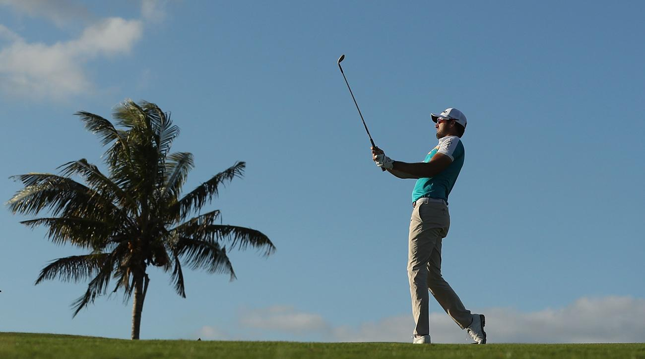 Kiwi Daniel Pearce leads Fiji International after 1st round