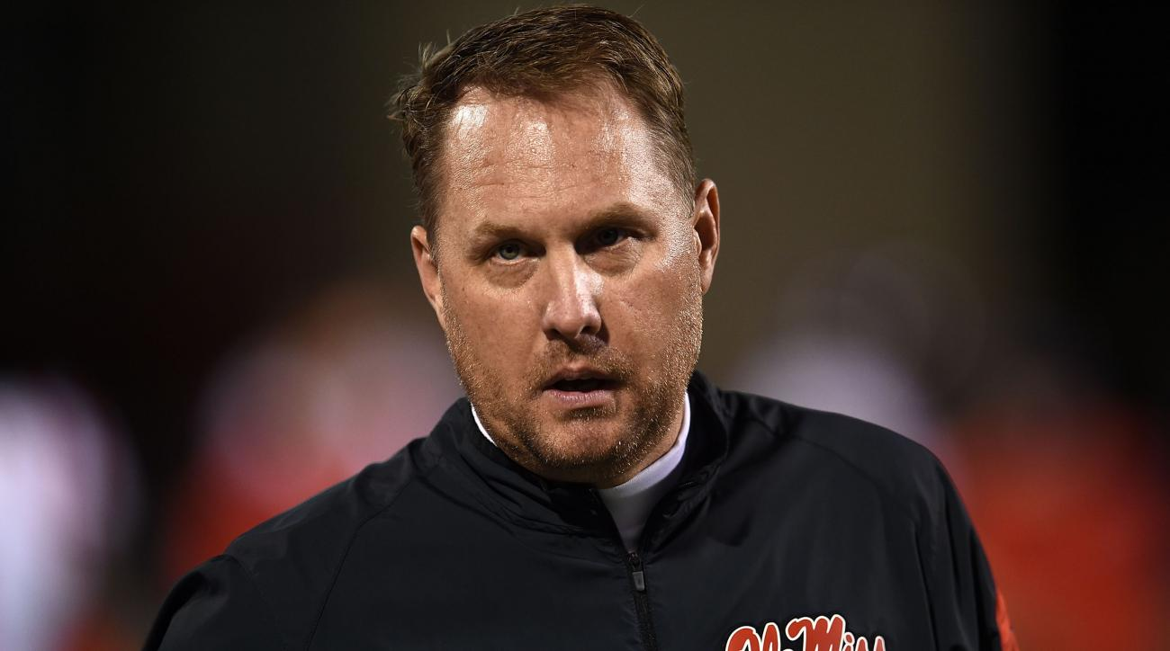 Hugh Freeze made hundreds of calls to disassociated Ole Miss booster