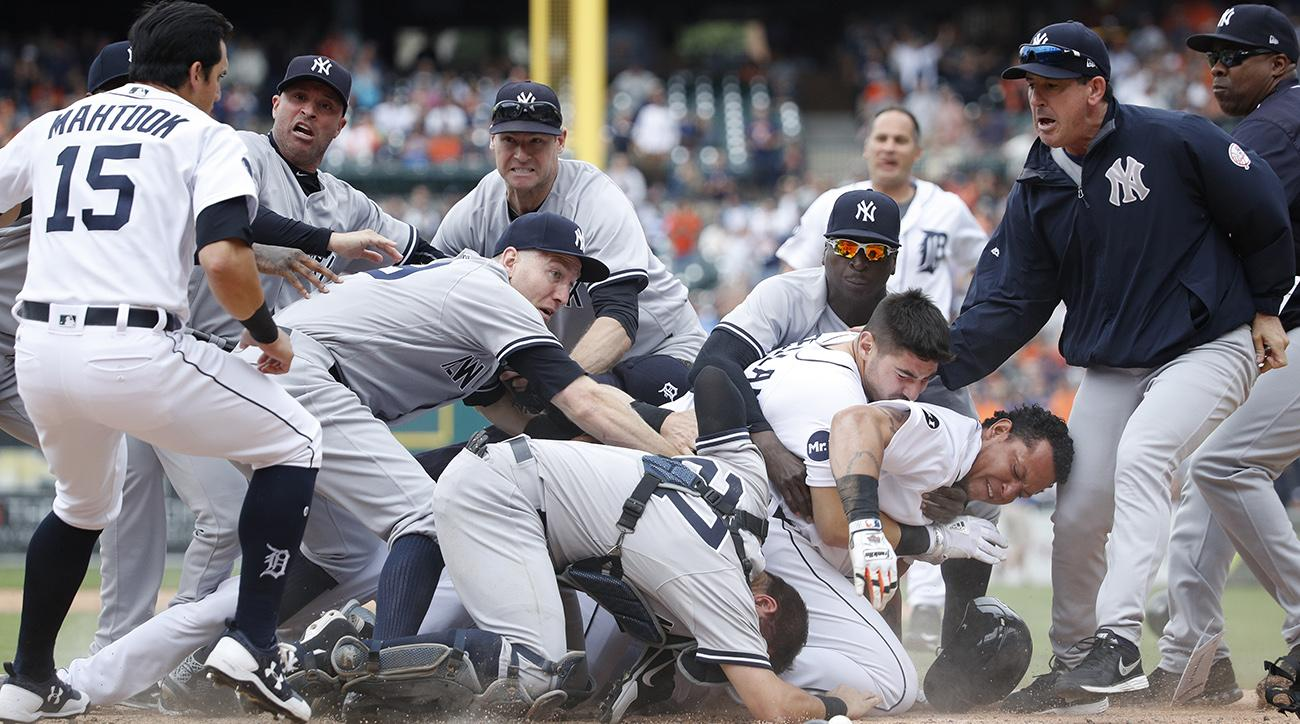 Yankees, Tigers Involved in Brawl; Miguel Cabrera, Austin Romine Ejected