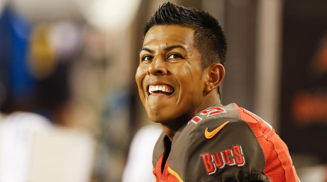 Chicago Bears: Kicker Roberto Aguayo gets the boot