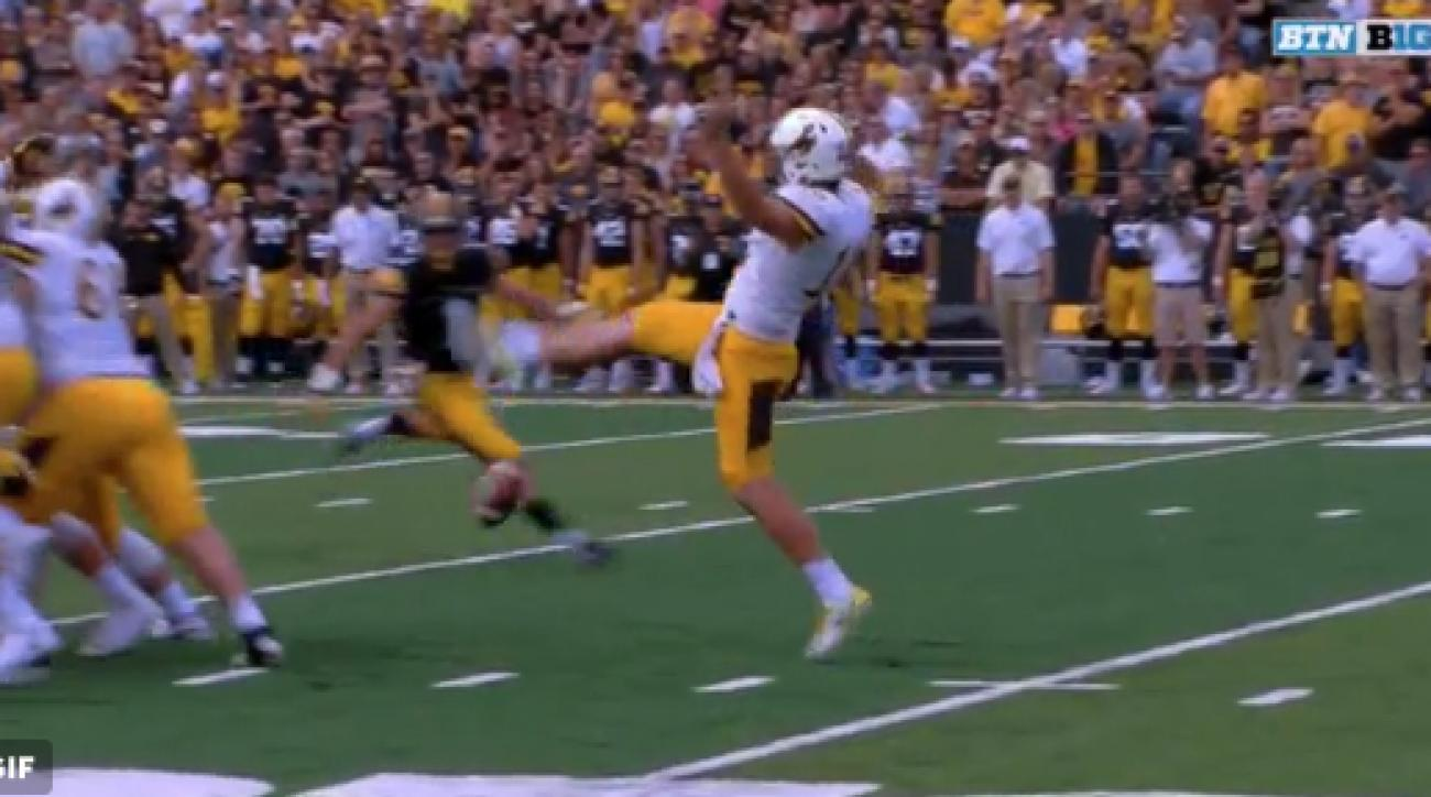 Wyoming Punter Whiffs the Ball on Punt Attempt