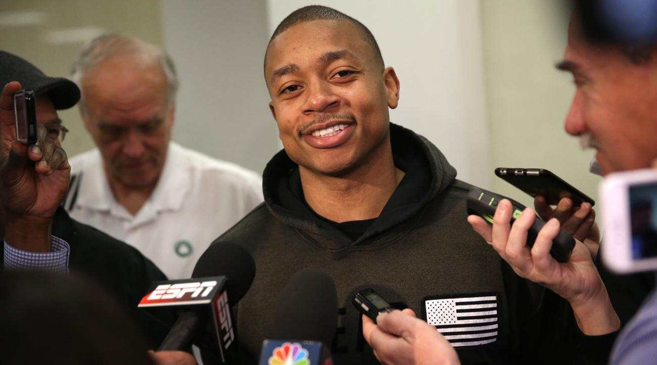 isaiah thomas tom brady text messages