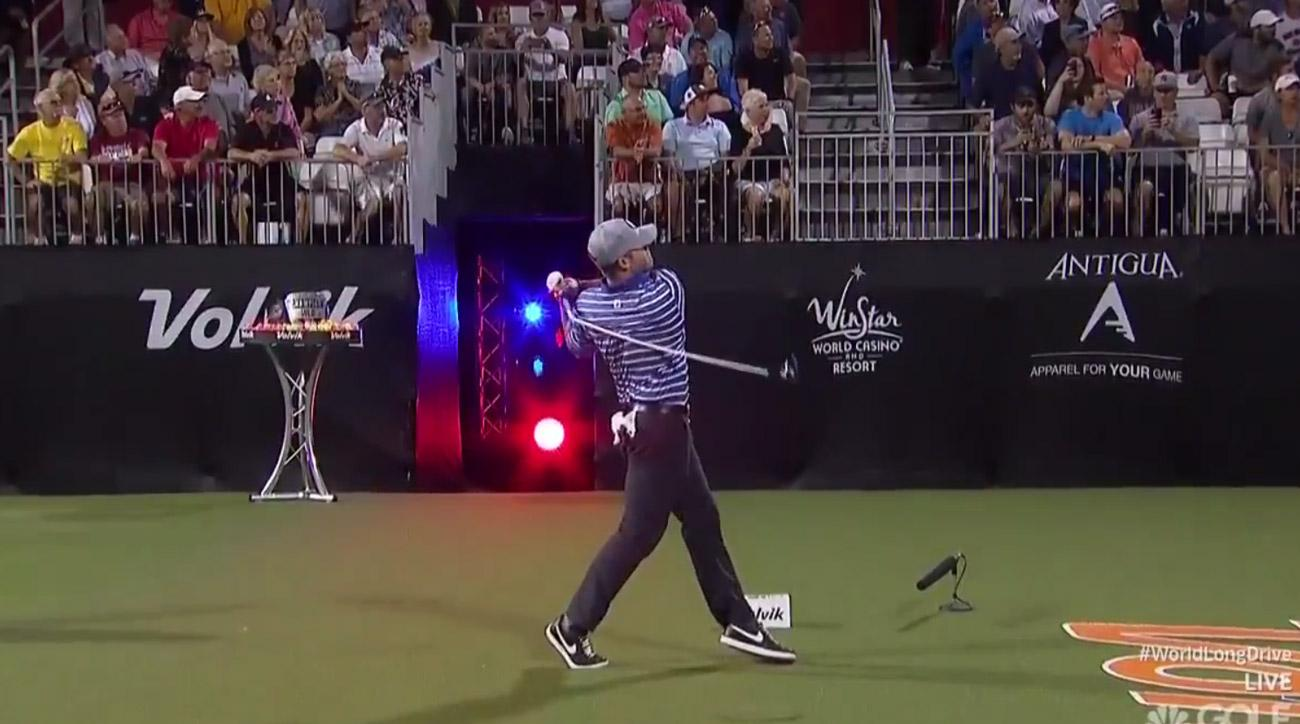 A freeze-frame of the moment that Wes Patterson's driver shaft snapped at the World Long Drive Championships.