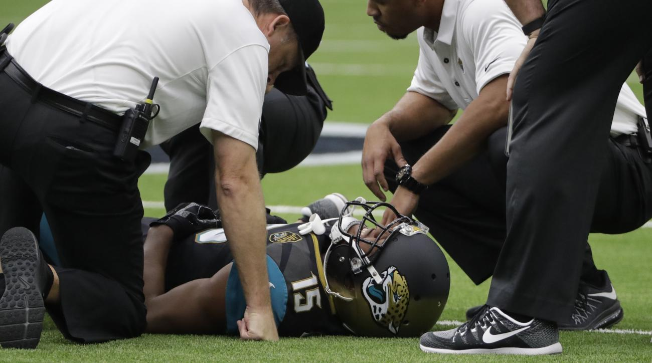 Wide receiver Allen Robinson declared out for the season with torn ACL