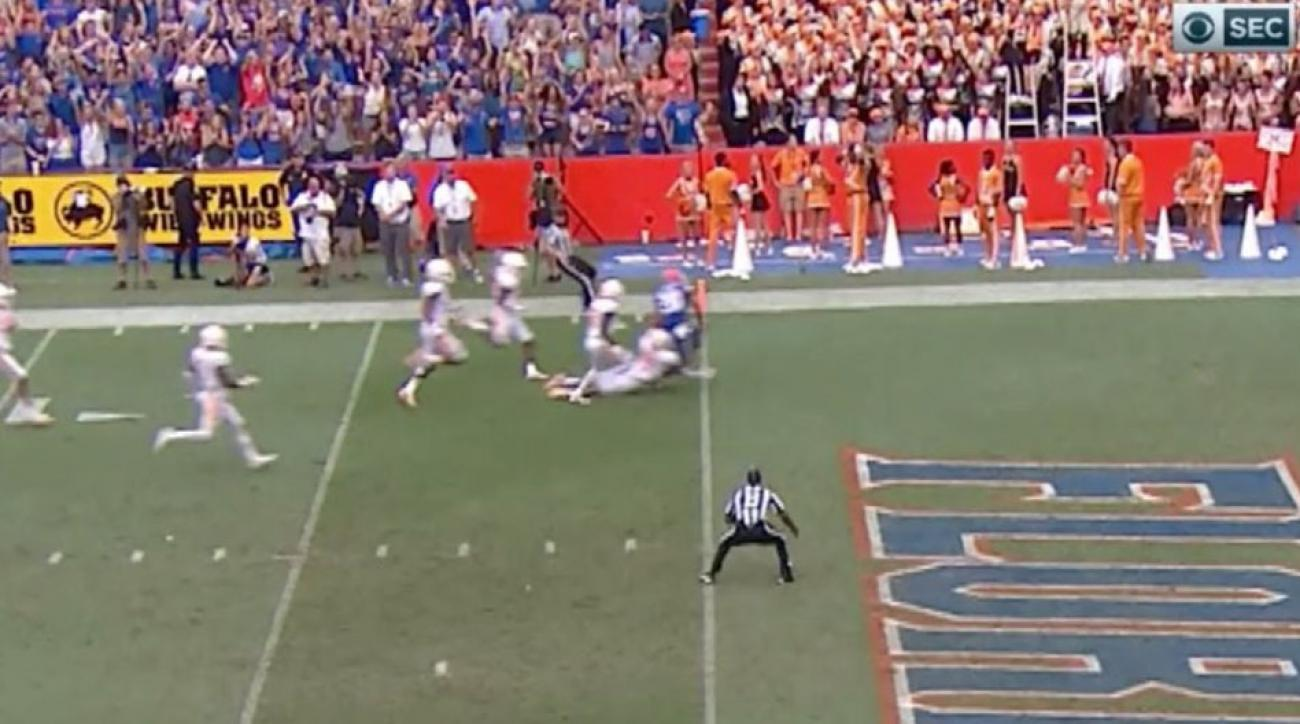 Florida freshman CJ Henderson records second pick six in as many games