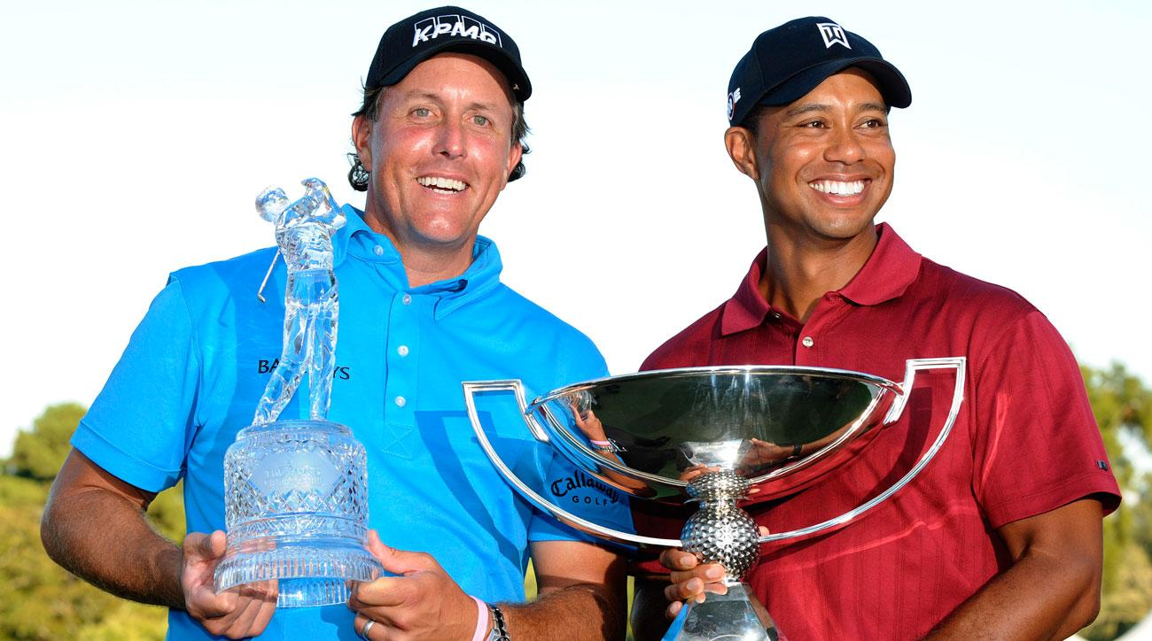 Phil Mickelson won the 2009 Tour Championship, but Tiger Woods took home the FedEx Cup title and bonus.