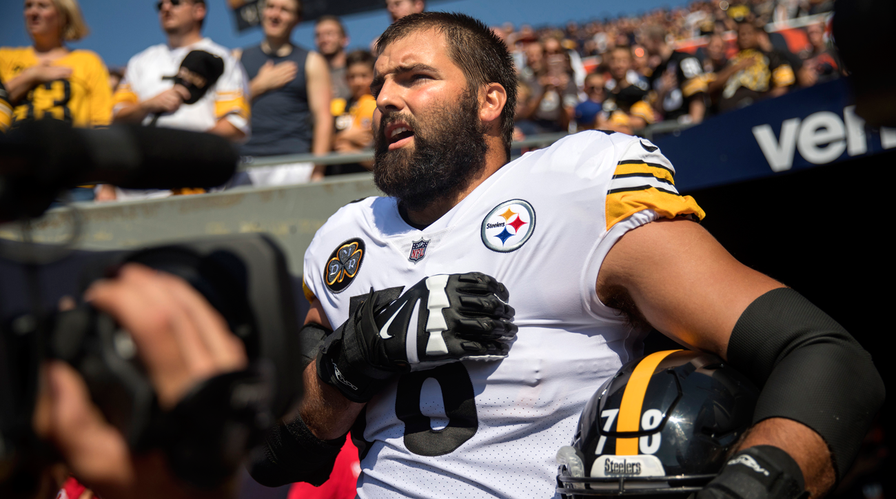 Pittsburgh Steelers lineman Alejandro Villanueva.