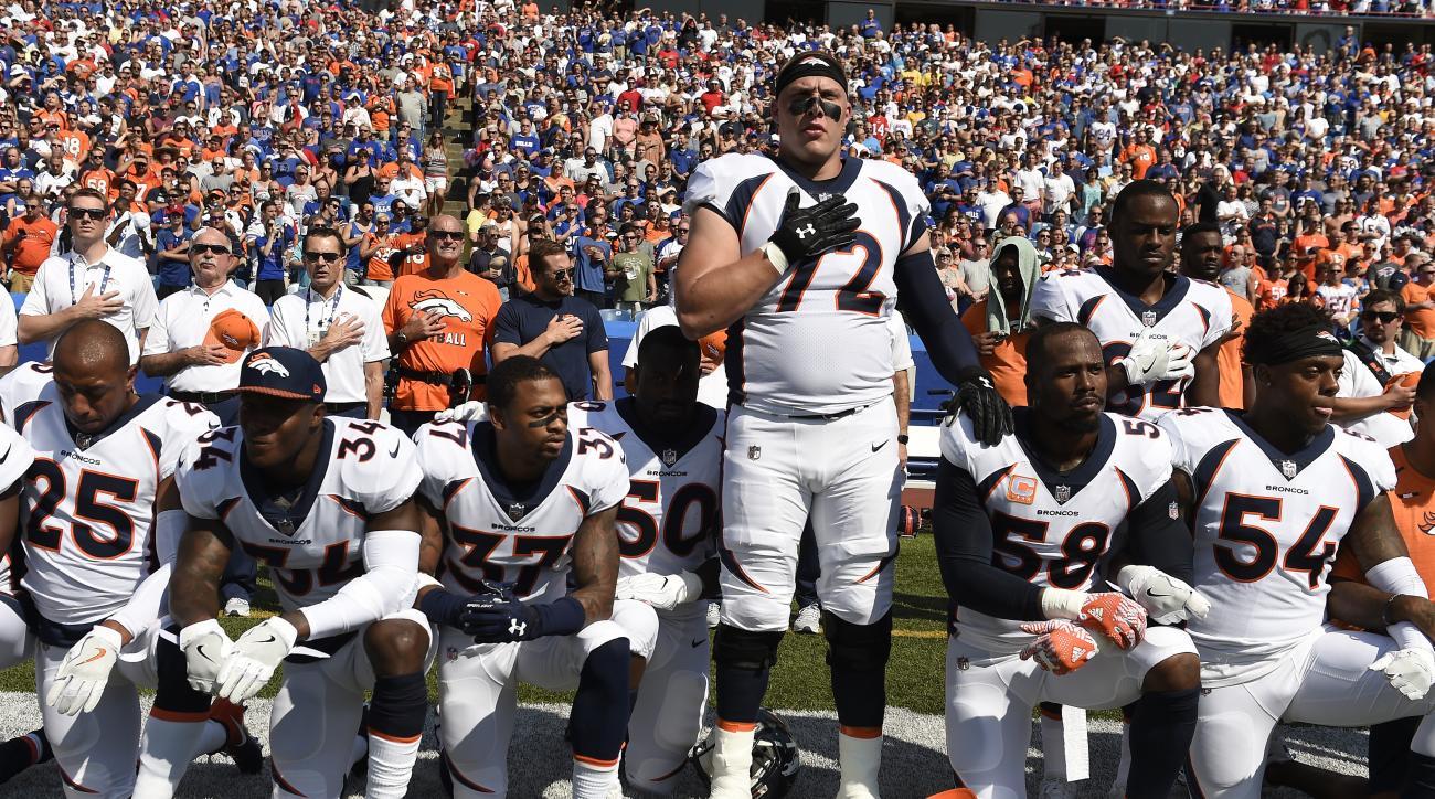 Entire Denver Broncos team to 'stand together' for anthem