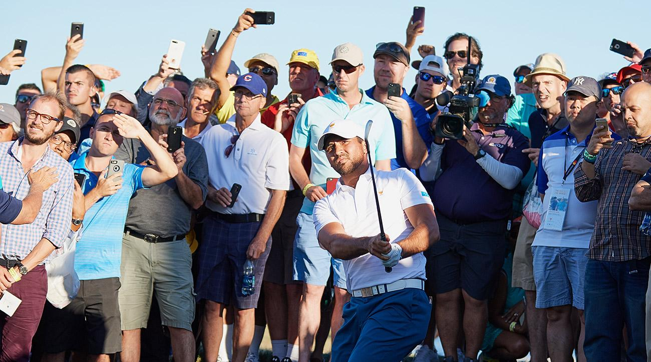 Jason Day and the International team will try to rebound Friday at the Presidents Cup.