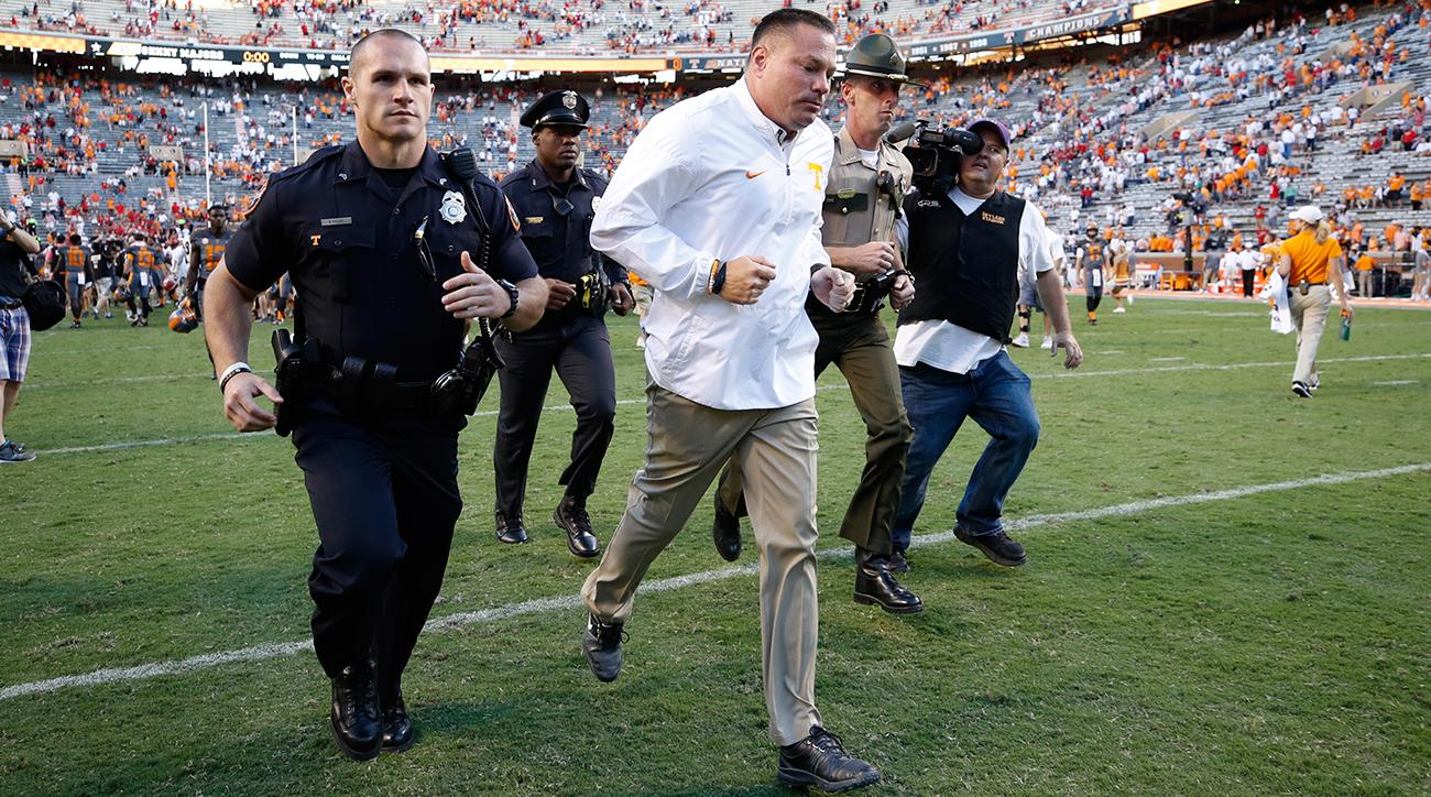Tennessee Volunteers: Butch Jones' hot seat up to John Currie, early signing period in mind