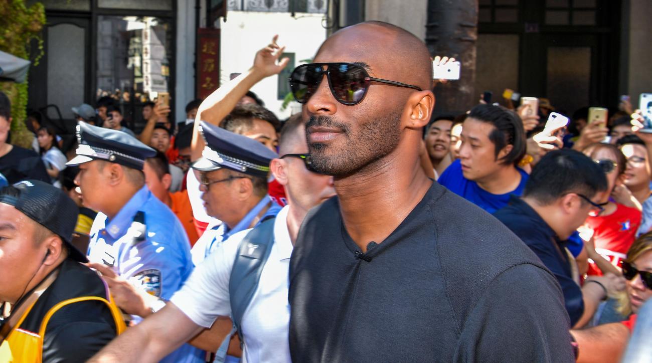 Kobe Bryant I D Kneel For National Anthem Si Com