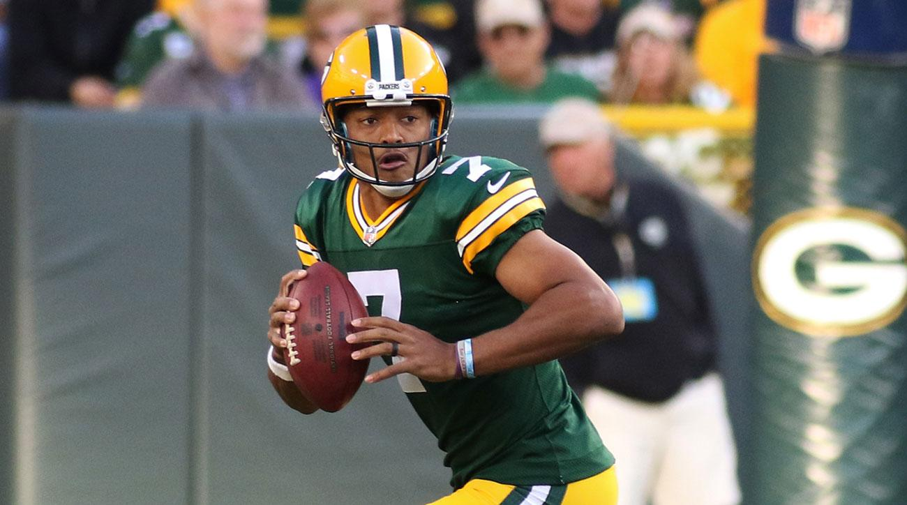 Green Bay Packers quarterback Brett Hundley (7) rolls out of the pocket during a game between the Green Bay Packers and the Los Angeles Rams on August 31, 2017 at Lambeau Field in Green Bay, WI. (Photo by Larry Radloff/Icon Sportswire via Getty Images)