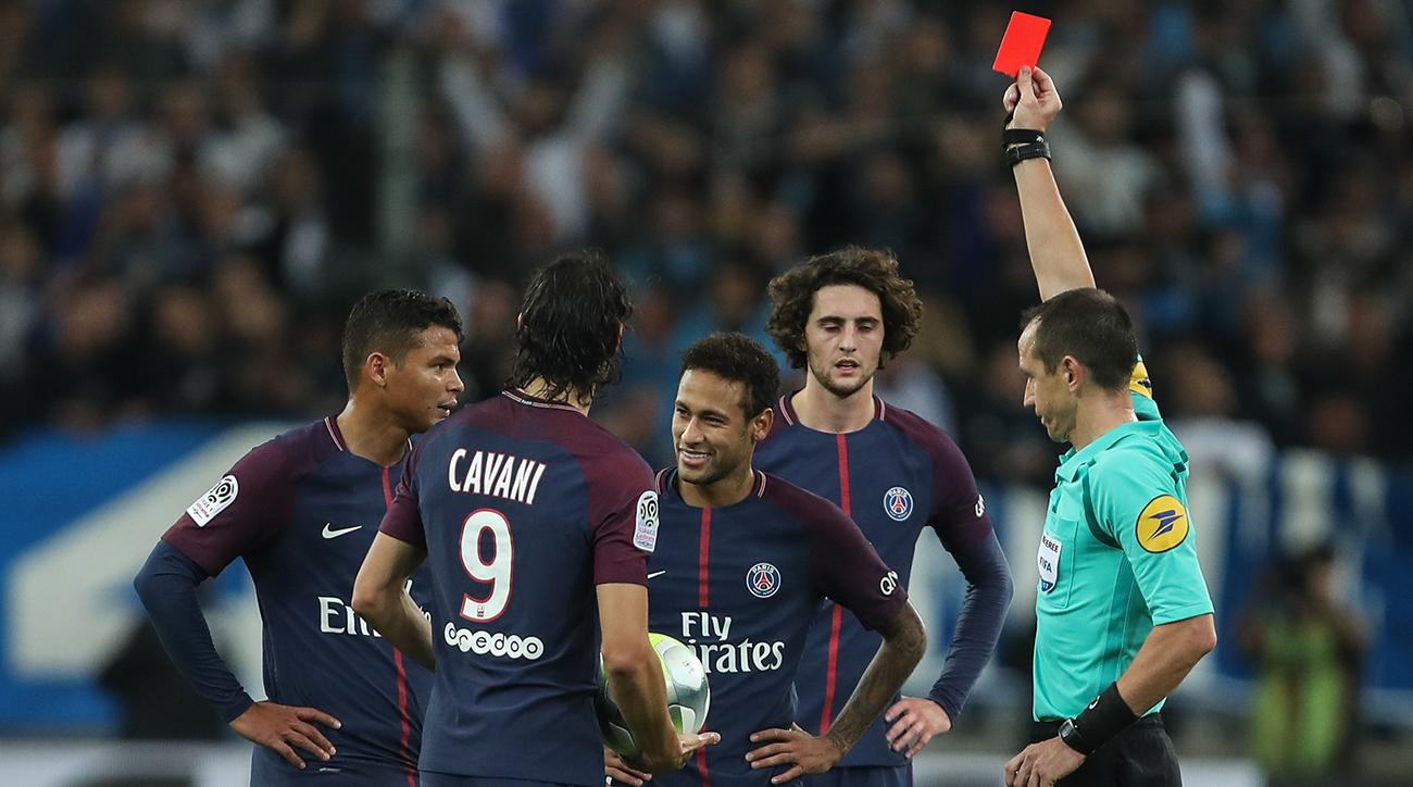 632289a83 Cavani rescues PSG with late goal in 2-2 draw at Marseille | SI.com