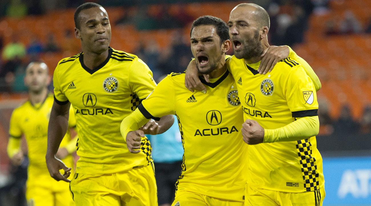 Crew rip New York City 4-1 in MLS playoffs