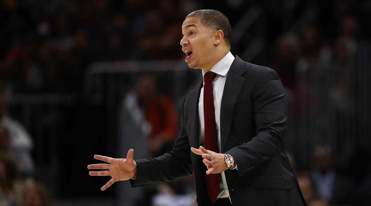 Tyronn Lue says Cavaliers should be embarrassed