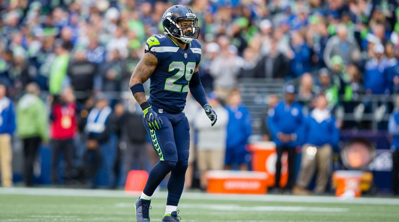Early Thomas injury Seahawks safety out vs Cardinals
