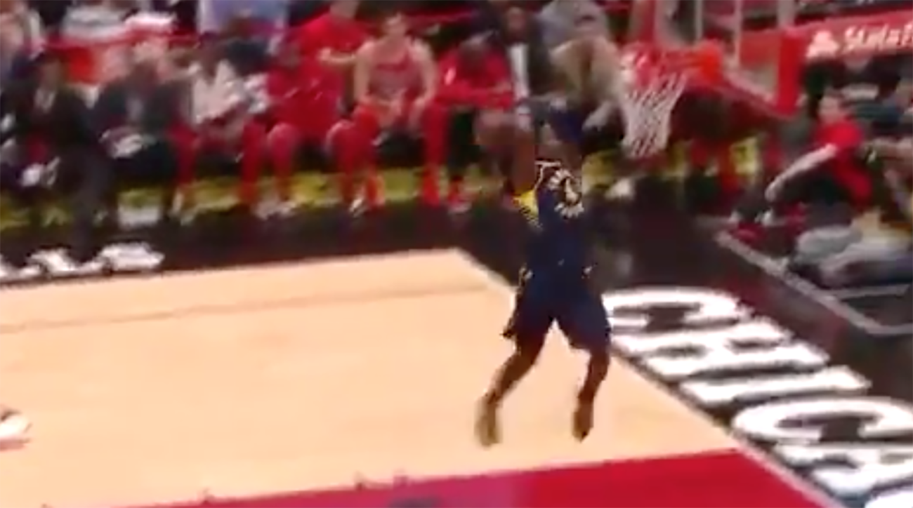 Victor Oladipo breaks out the in-game 360 dunk