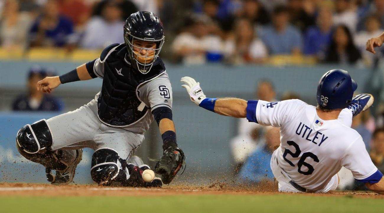 Dodgers-Padres series May 4-6 moved to Monterrey, Mexico