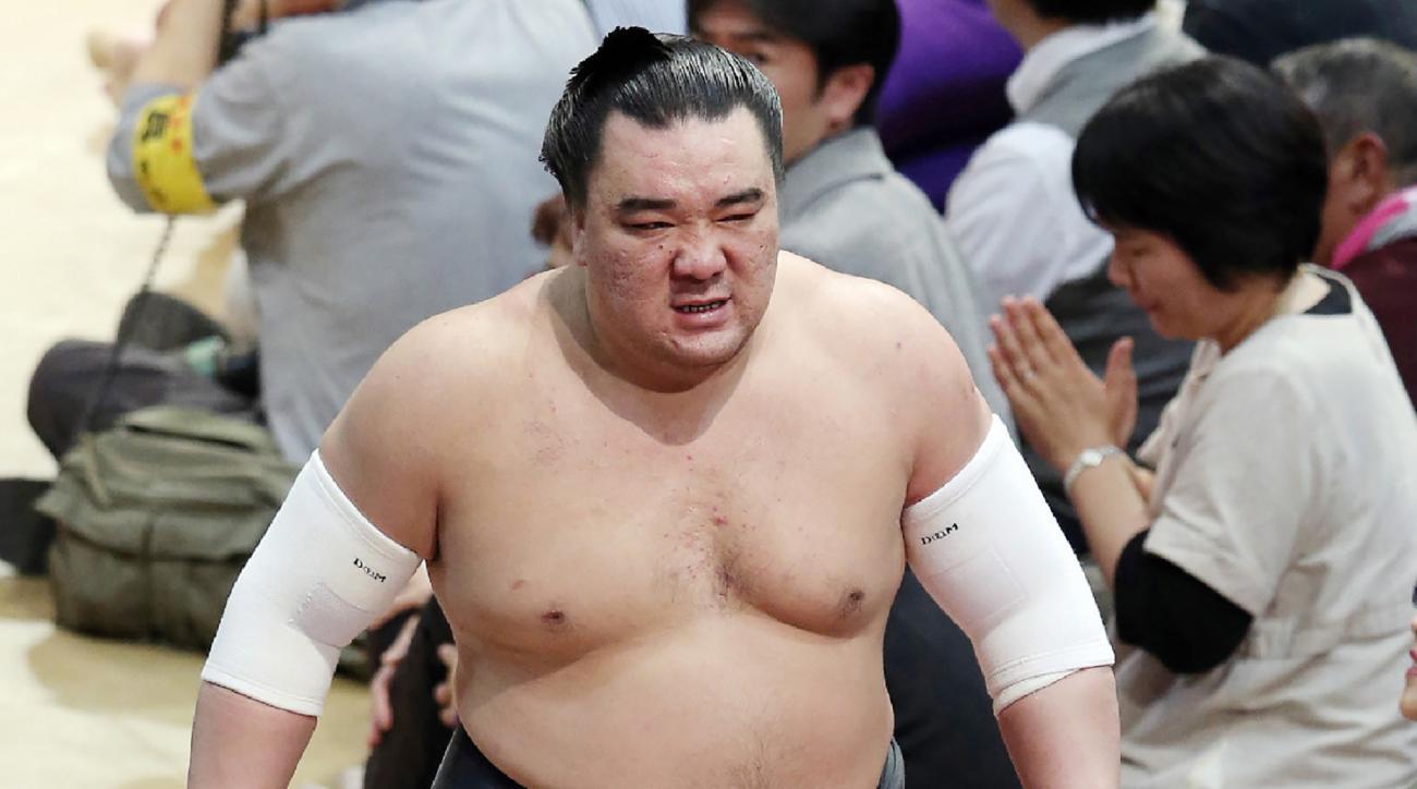 Harumafuji: Sumo wrestler accused of beer bottle assault