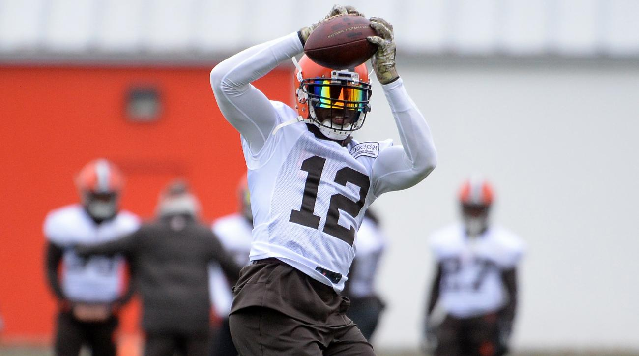 Browns buzzing about Josh Gordon's first game in three years