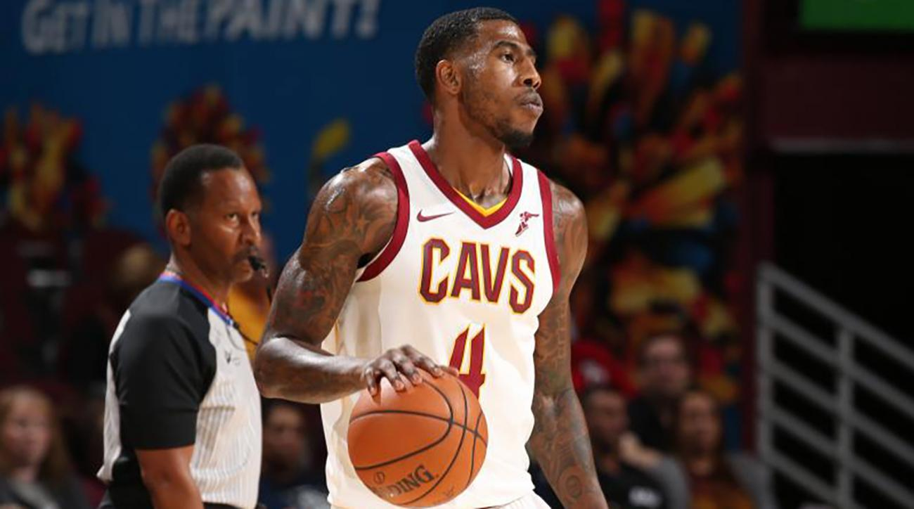 Iman Shumpert (left knee) expected to be out two months after surgery