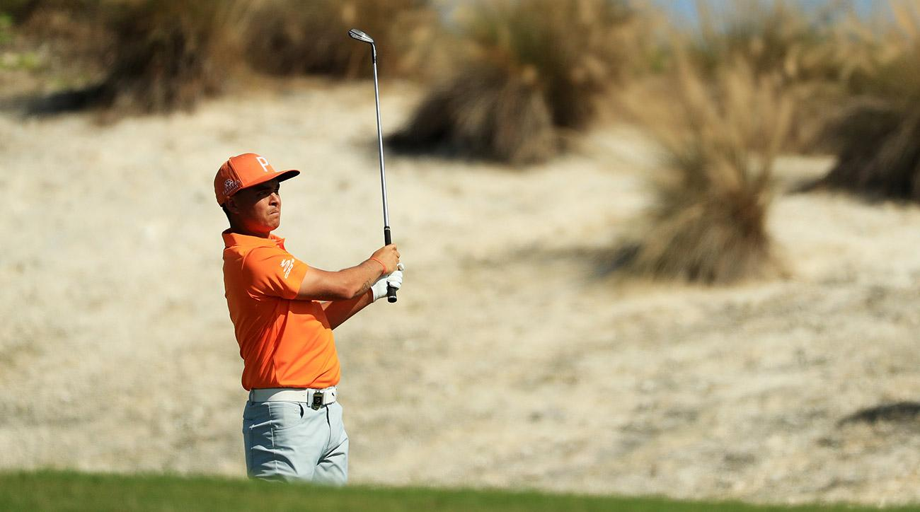 Rickie Fowler made eight birdies and one par on his front nine Sunday.