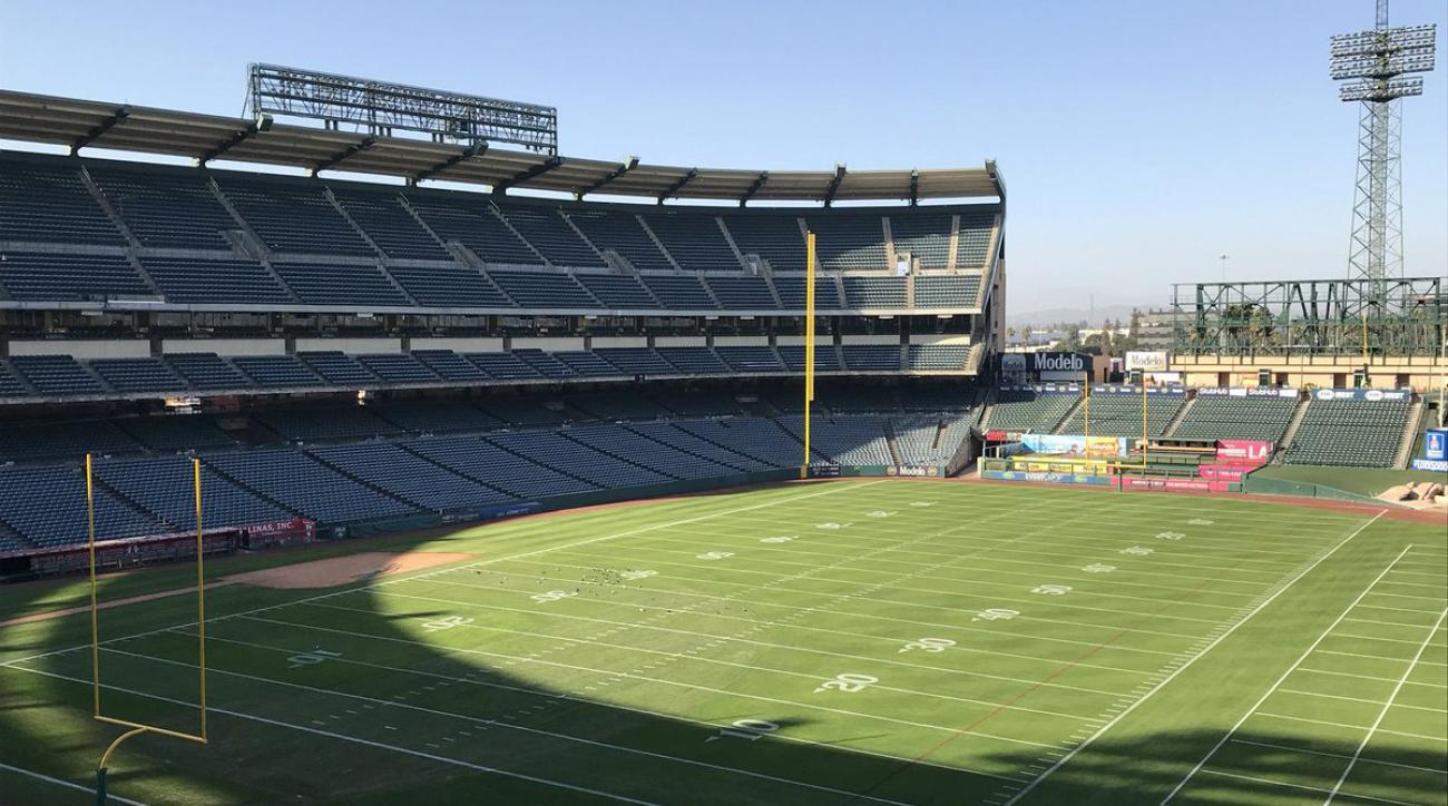 Eagles Practice At Angel Stadium Before Rams Game Sicom