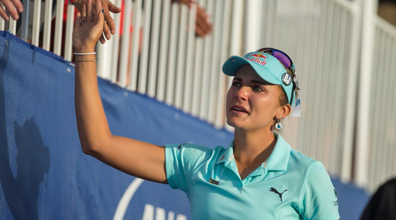 Lexi Thompson tearfully greets fans on the 18th hole during the final round of the 2017 ANA Inspiration.