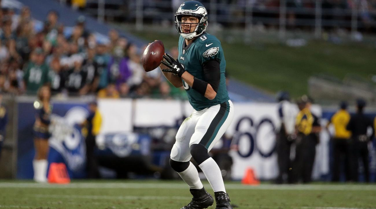 Carson Wentz has strong faith in God after knee injury