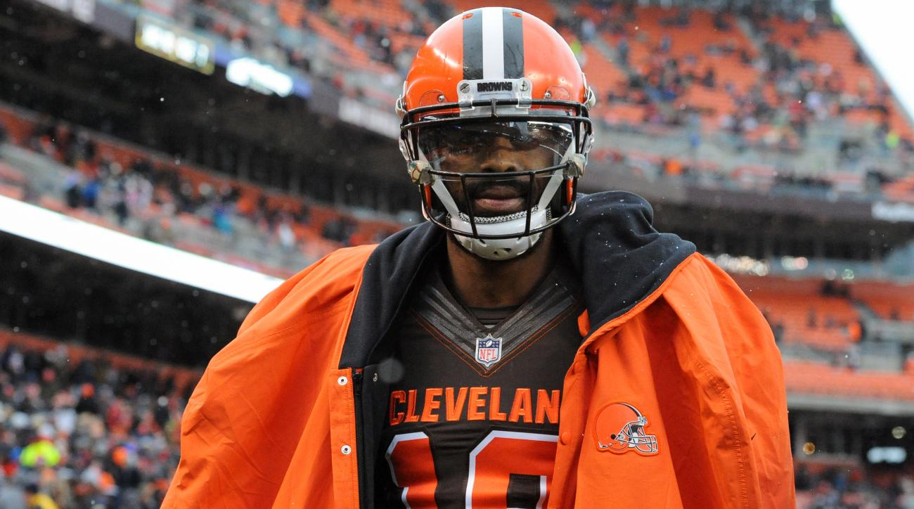 New England Patriots sign WR Kenny Britt for the stretch run