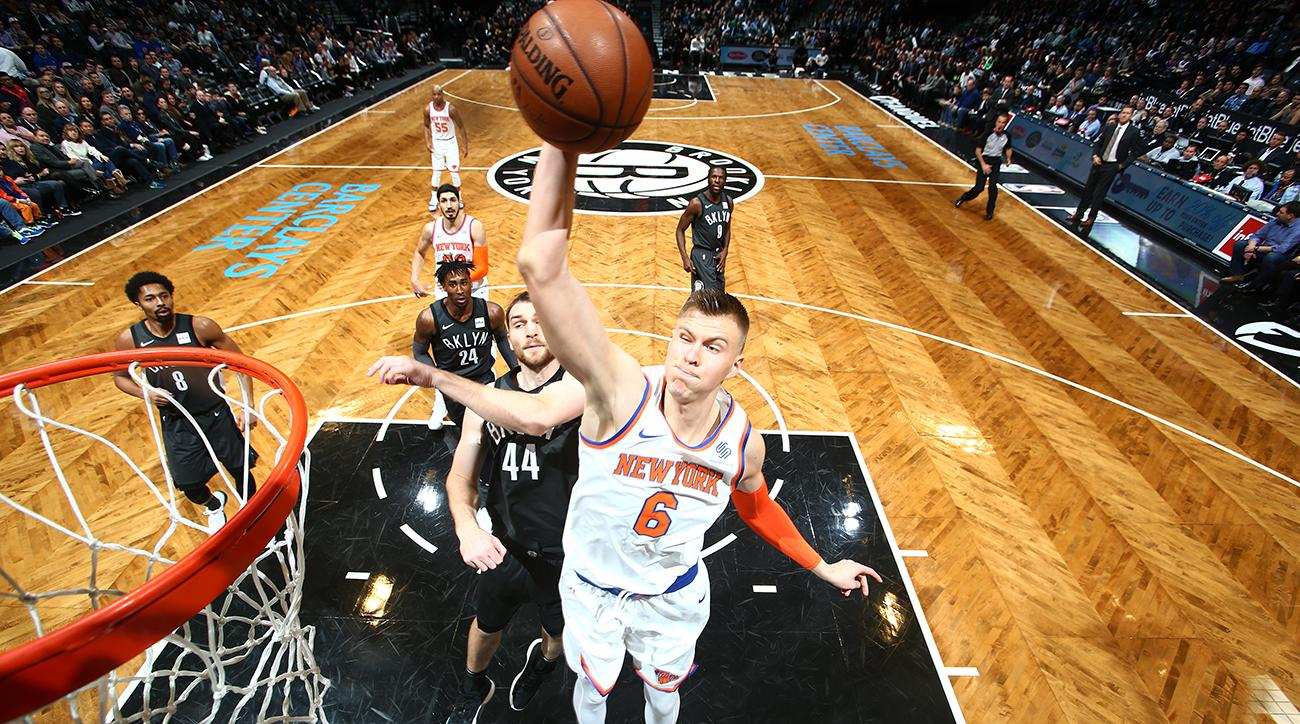 Kristaps Porzingis Leaves vs. Nets After Suffering Knee Injury in 3rd Quarter