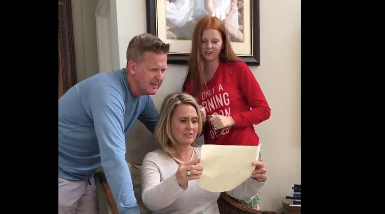 Backs draft pick pays off parents' mortgage in emotional Christmas video