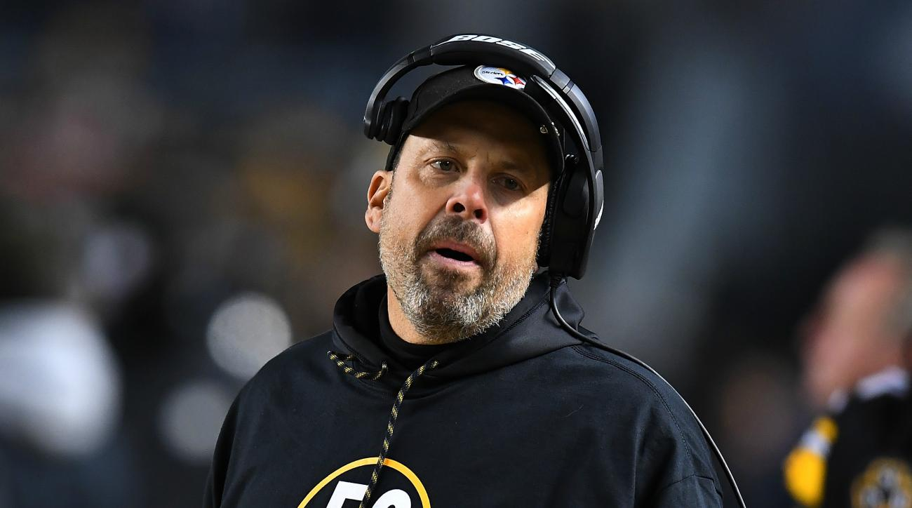 Steelers offensive coordinator injured in fall Sunday following Browns game