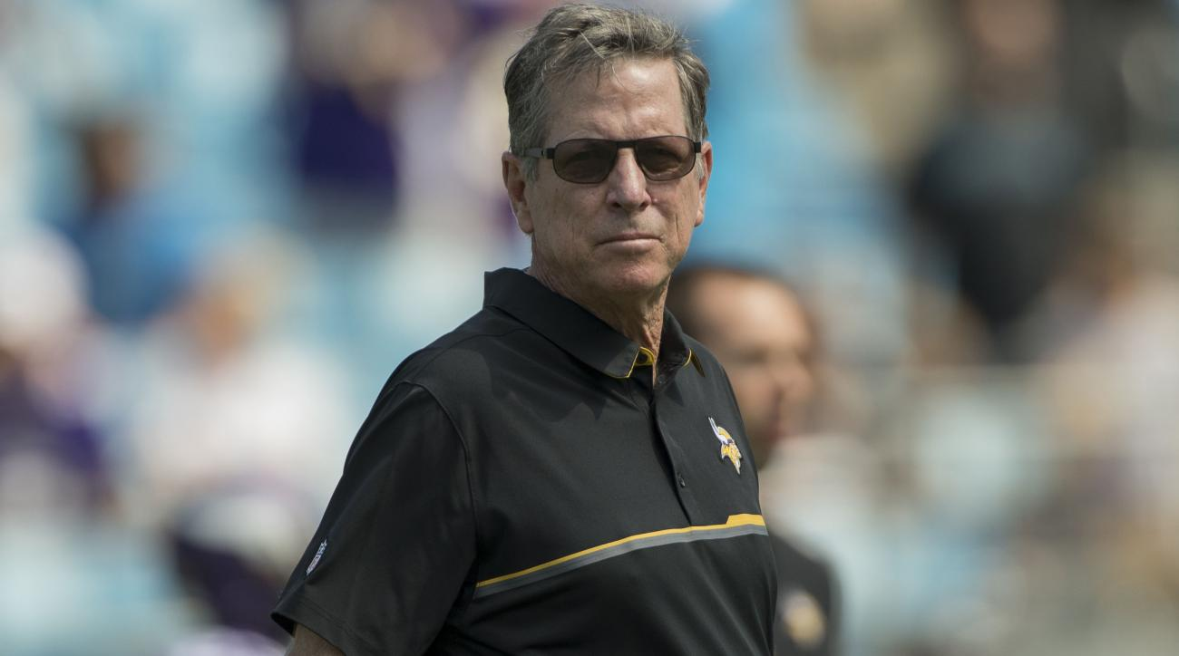 Panthers nearing a deal with Norv Turner as offensive coordinator