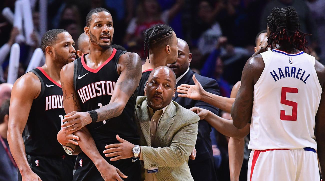 Chris Paul's Staples Center return features meeting with Clippers' Goon Squad