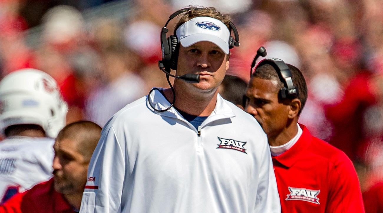 Charlie Weis Jr. will reportedly join Lane Kiffin's staff at FAU