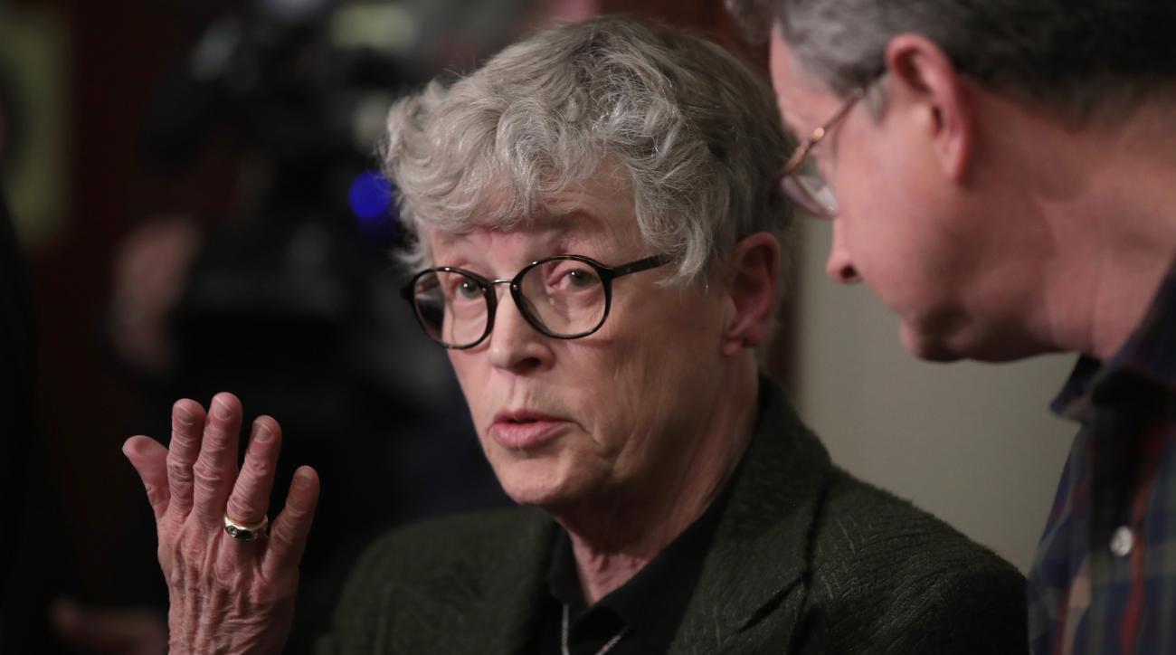 Lou Anna Simon: Larry Nassar case won't force out MSU president