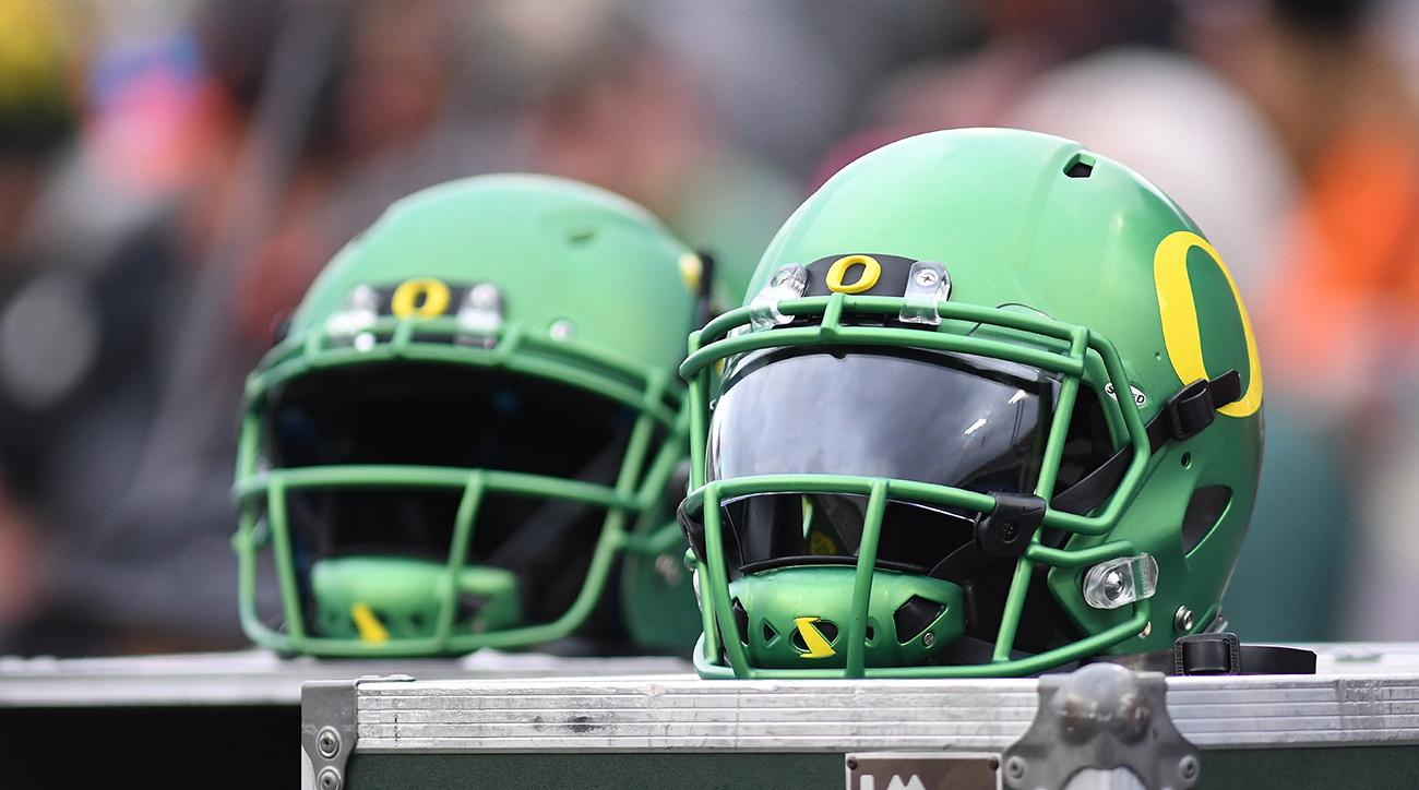 Oregon Ducks add new running backs coach to football staff