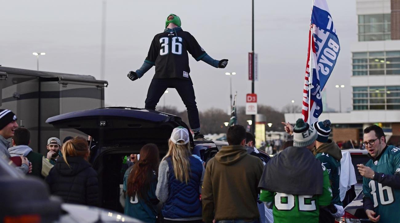 Another Eagles fan arrested for allegedly punching police horse