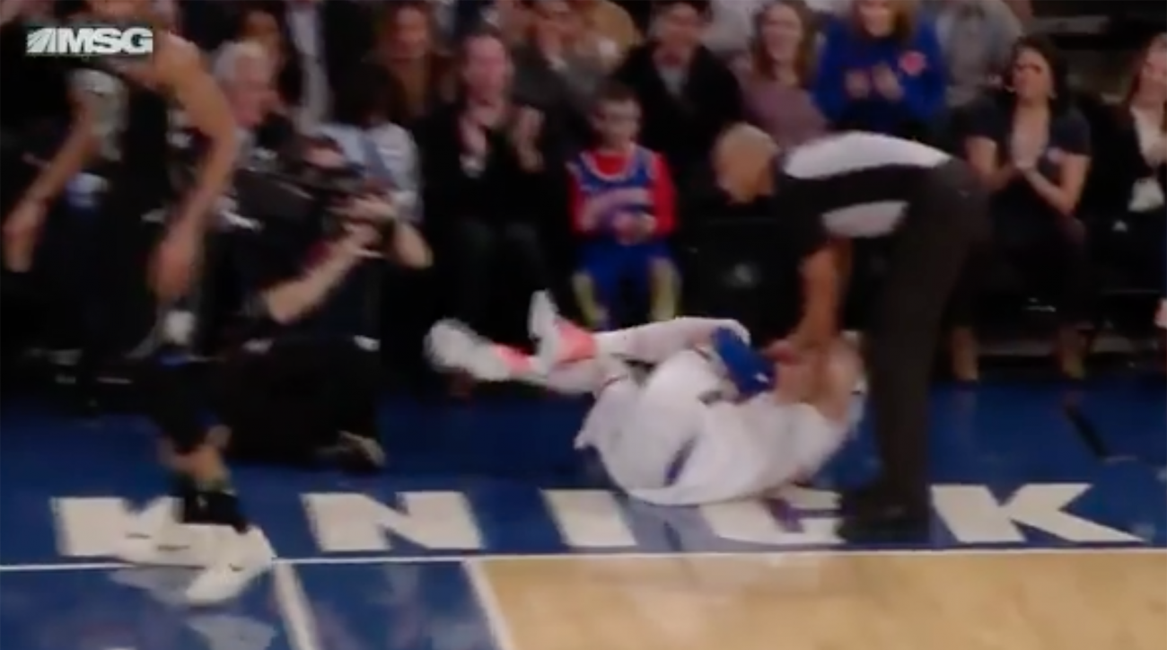 Kristaps Porzingis Tears ACL, Will Miss Season