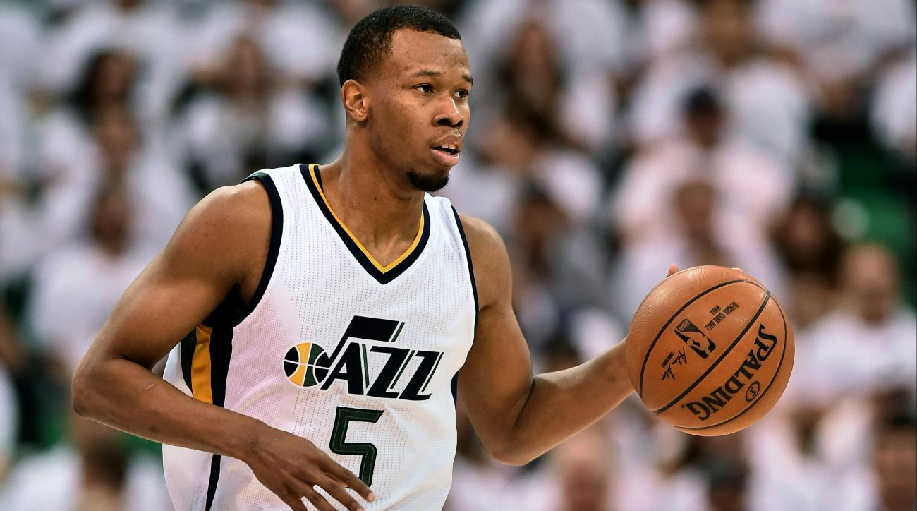 Cavaliers acquire Rodney Hood, George Hill in 3-team trade