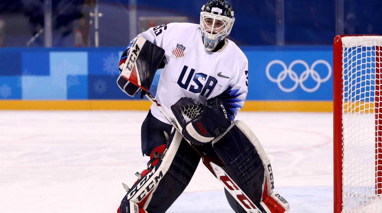 Usa Hockey Goalies Might Have To Remove Statue Of Liberty On Mask
