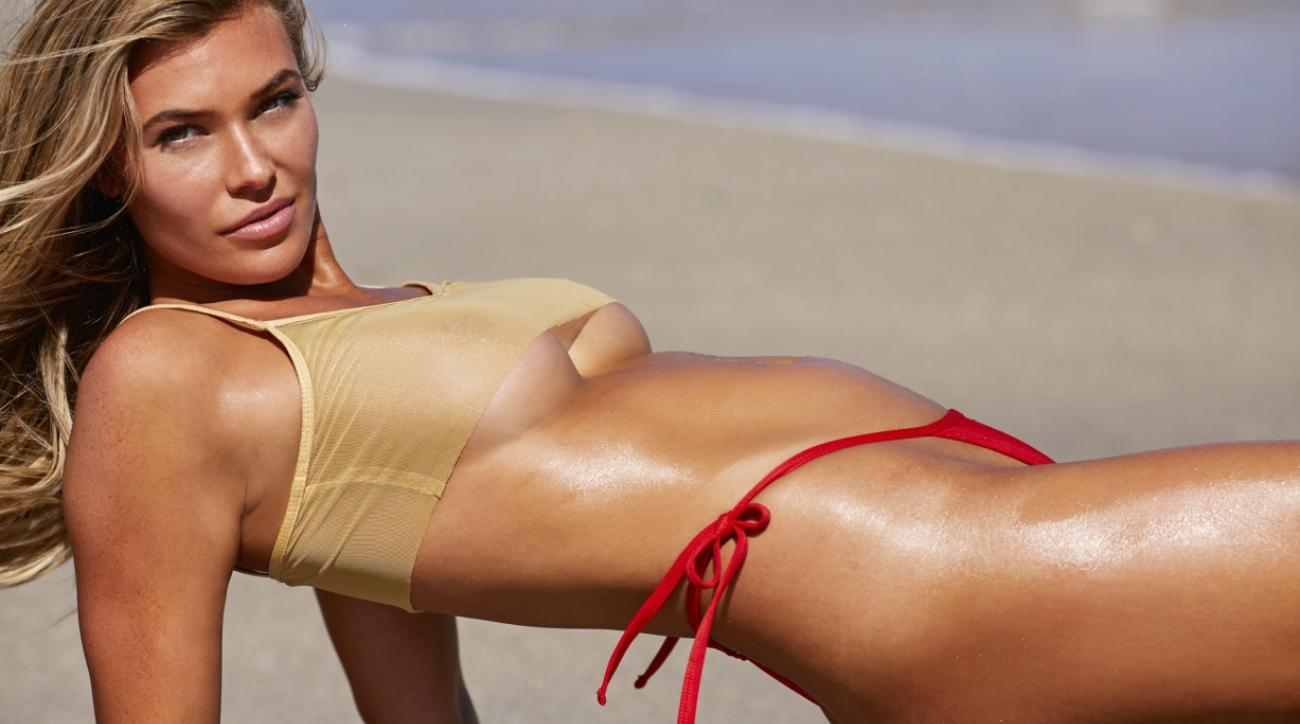 Let These Samantha Hoopes GIFs Heat Up Your Day