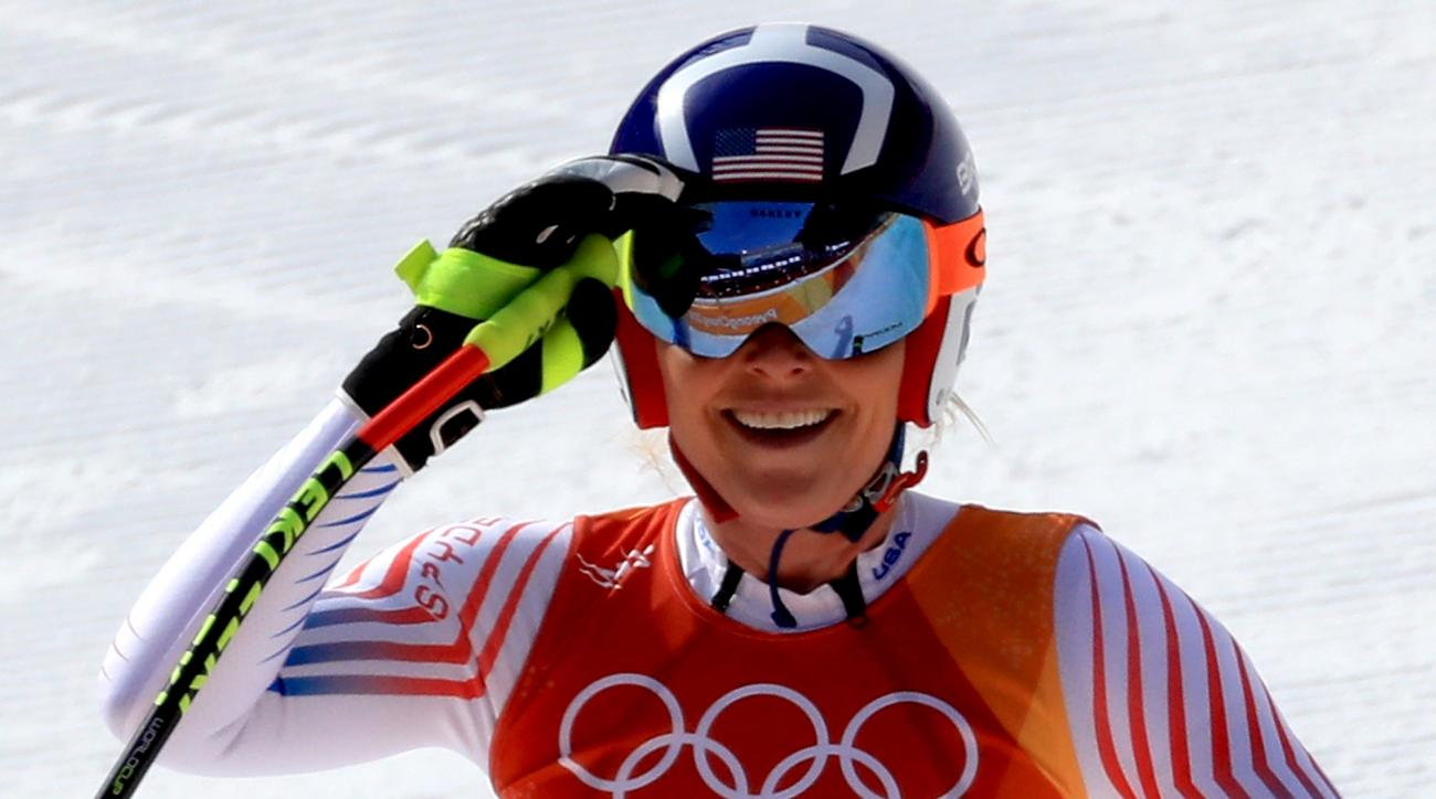 In tears, Lindsey Vonn says body can't take 4 more years