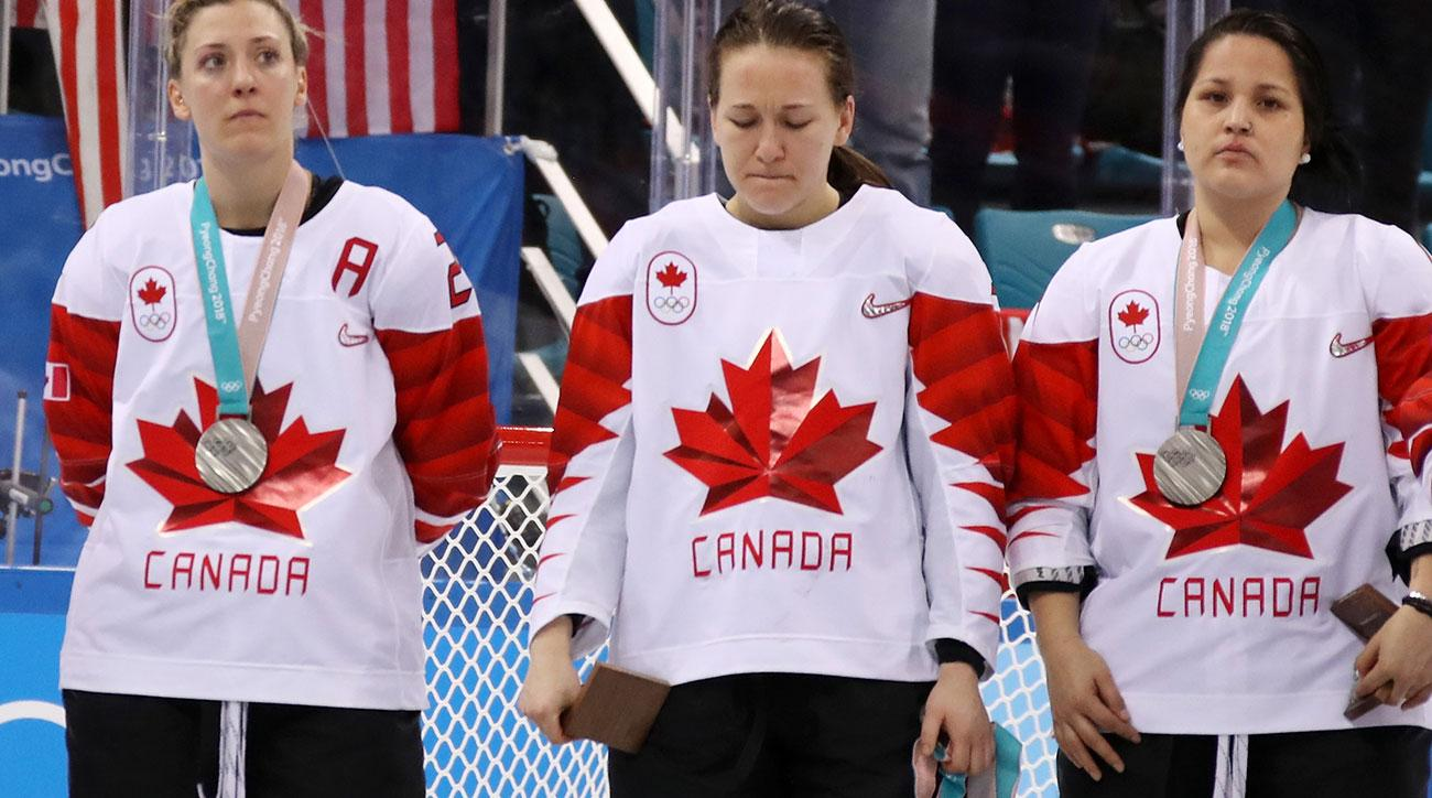 jocelyne larocque canada silver medal olympics hockey