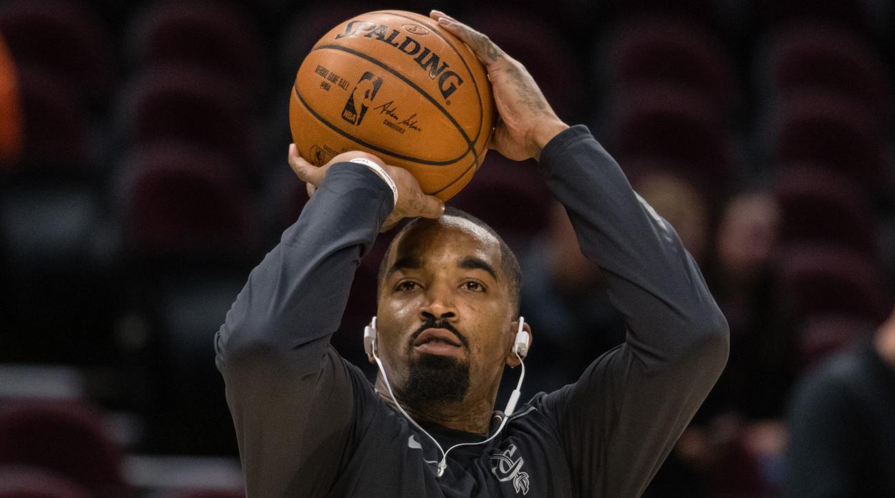 Cavaliers suspend ex-Knick JR Smith 1 game for detrimental conduct