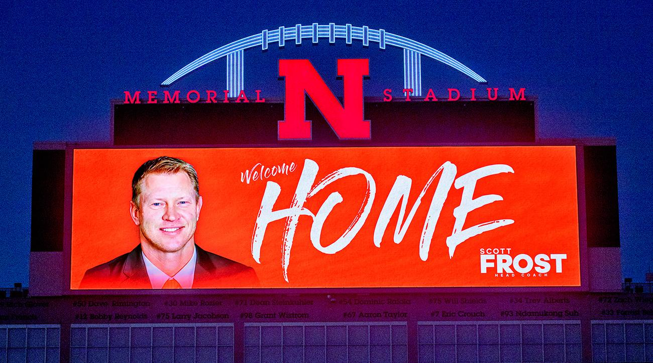 Scott frost can huskers great lead nebraska out of darkness si malvernweather Image collections